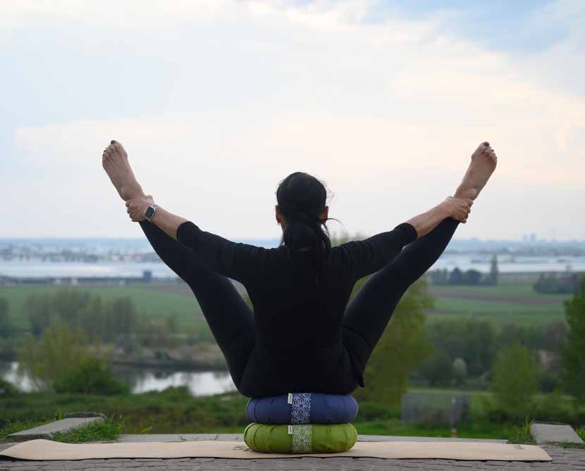 5 reasons why to use yoga props